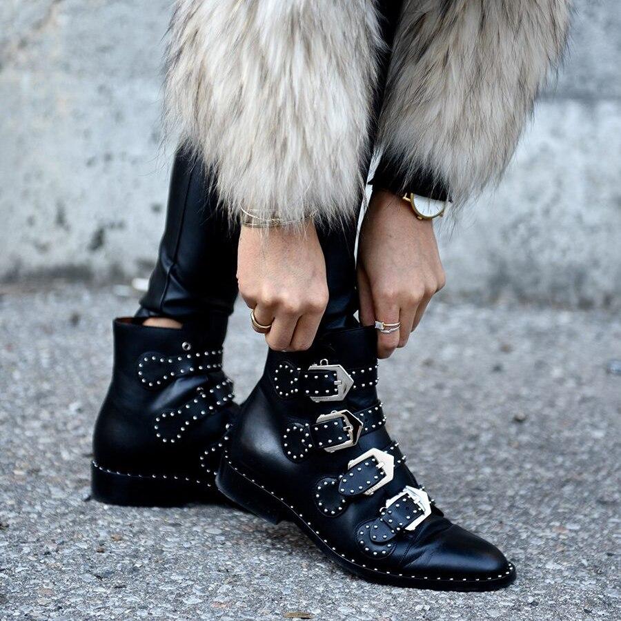 €42.7 51% de DESCUENTO 2018 marca de lujo con tachuelas botines de mujer INS zapatos de estilo callejero botas de mujer 4 hebillas remaches para botas