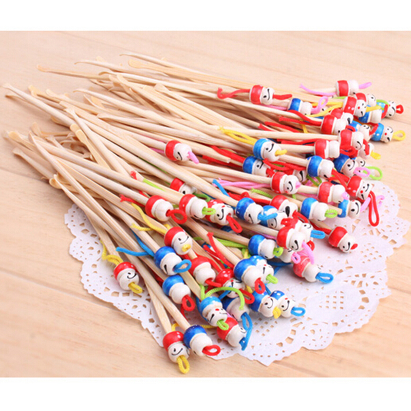 5/10 pcs/lot Cute Mini Doll Earpicks Wood Bamboo Ear Picks Wax Remover Cleaner Ear Care tool Random Color Hot Selling