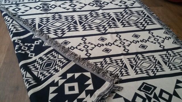 Nordic Geometric Patterns Sofa Blanket