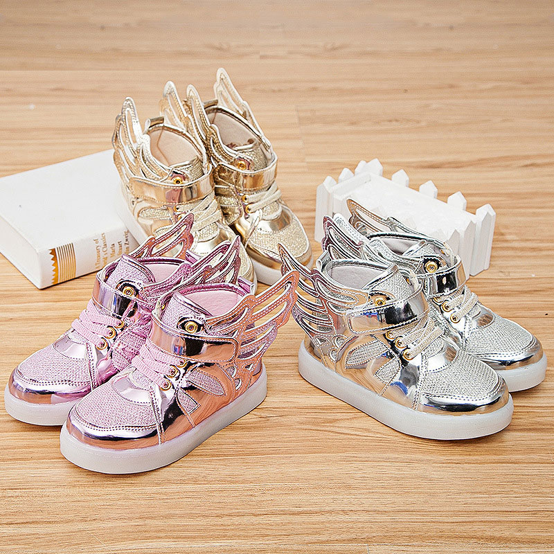 2017 new fashion <font><b>wings</b></font> shoes boys and girls sports shoes for children <font><b>led</b></font> lighting emitting children&#8217;s casual shoes size 21-30