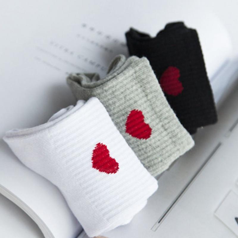 New Female thin Harajuku comfort cotton tube socks red love hear simple college style art girl socks spring summer autumn winter