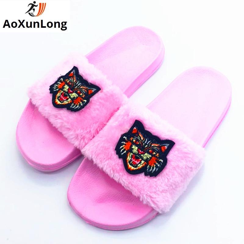 AoXunLong jauni kažokādas slaidi Flip Flops Sieviešu čības Bayan - Sieviešu apavi