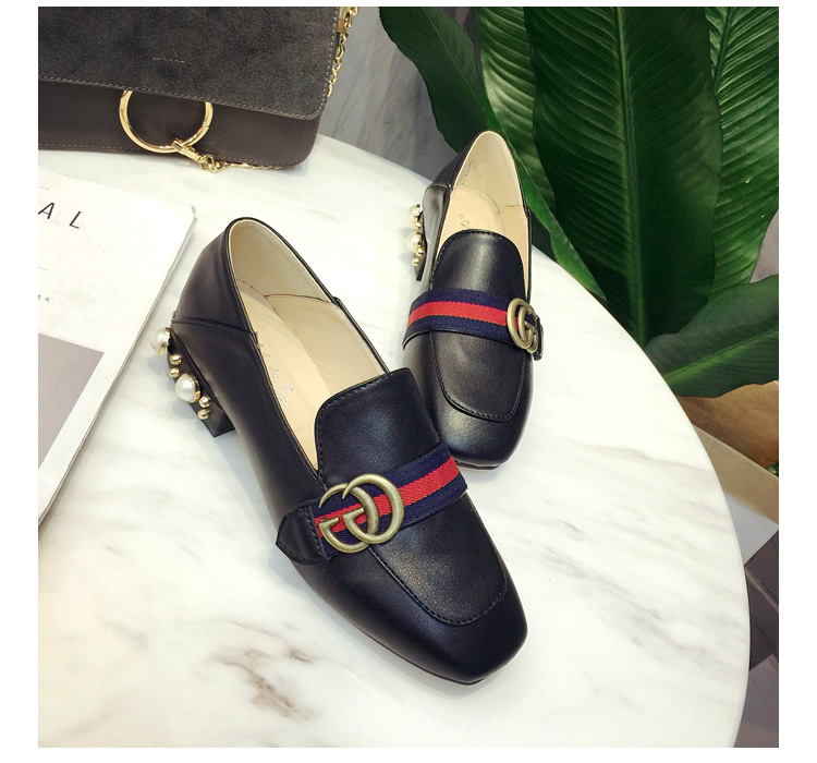 2017 new wave of small shoes autumn side of the head of pearl shoes warm flat