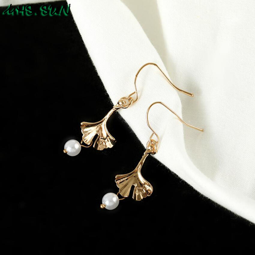 15-1Fashion Design Leave Pearl Drop Earrings Gold Color Girls Trendy Elegant Dangle Earrings Charm All-Match Jewelry 1Pair