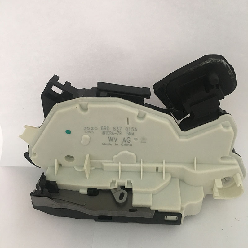 Door Lock Latch Actuator Driver Side Front Left for VW Golf MK6 MK7 Passat B7 Polo Skoda Yeti 5K1 837 015 C/6RD 837 015 A free shipping for vw passat b5 golf jetta mk4 beetle door lock actuator front left driver side 3b1 837 015 a 3bd 837 015 a