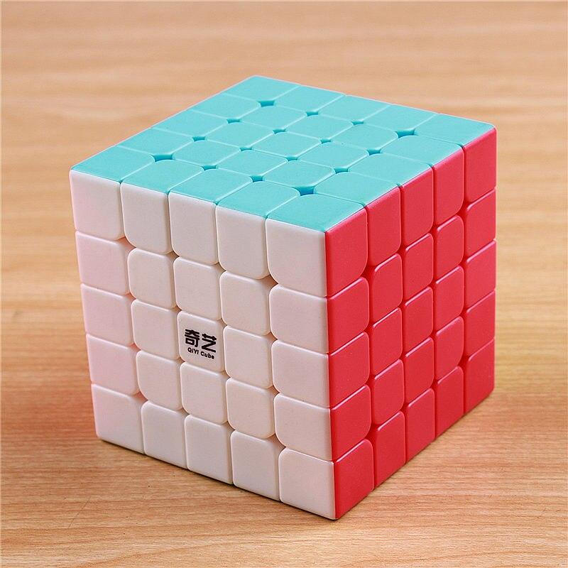 QIYI 5x5 5x5 magic speed cube adesivo menos profissional camada Competição quebra cubos brinquedos educativos para as crianças por atacado