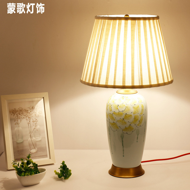 TUDA Free Shipping Large Table Lamp Japanese Style Ceramic Table Lamp  Decoration Desk Lamp For Bedroom