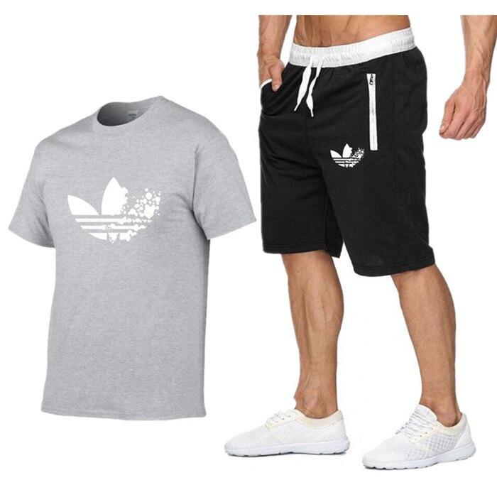 2019 New Men Fashion Two Pieces Sets   T     Shirts  +Shorts Suit Men Summer Tops Tees Fashion Tshirt High Quality men clothing