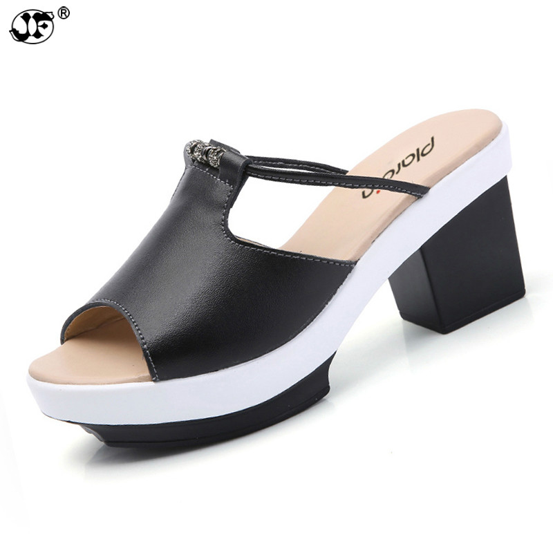 2019 Bohemia Summer Casual Women's Flat Platform Sandals rhinestone square heel Beach Sandals Shoes Woman 558