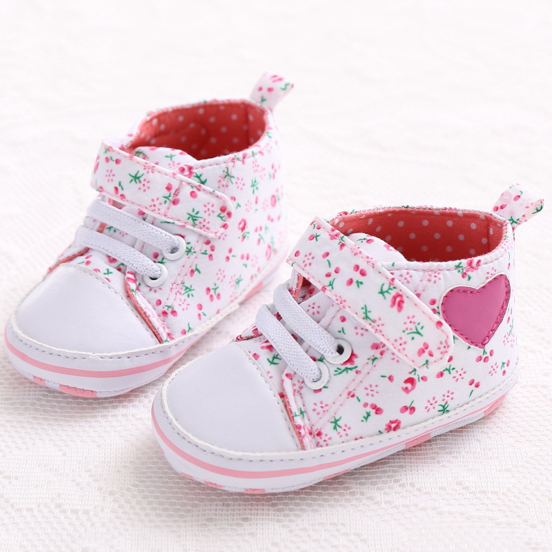Heart-shaped Embroidered Cotton New Baby Girl Shoes With Elastic Band Dot Printing Baby Walking Shoes Without Return Mother & Kids