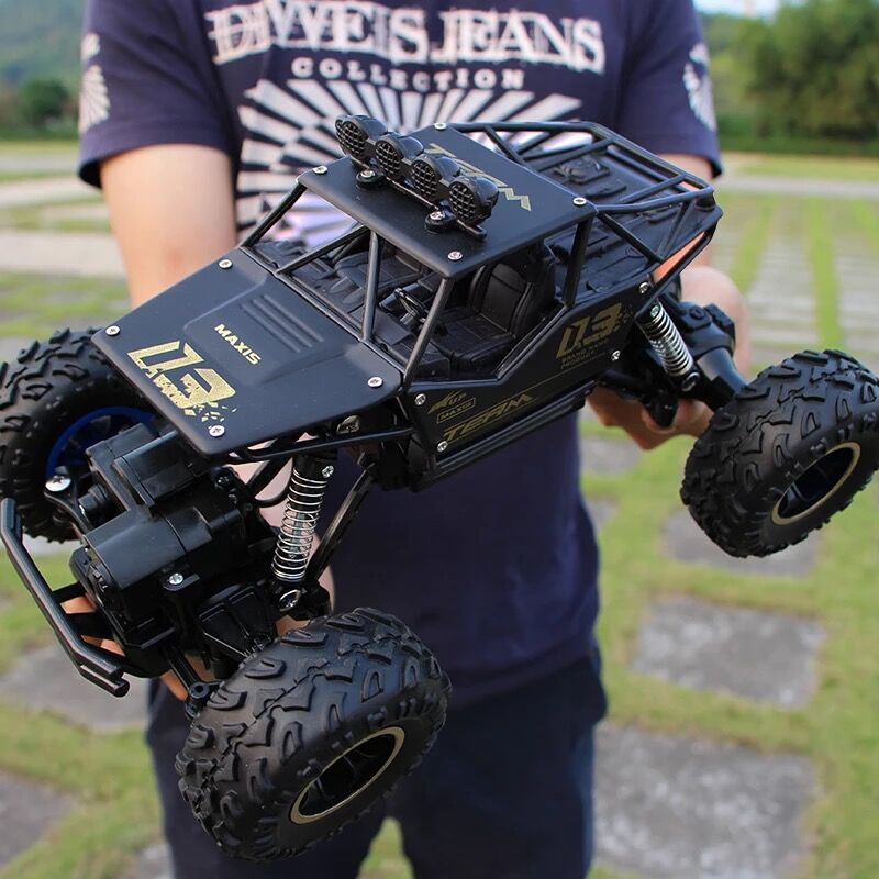 1:16 4WD RC Cars Alloy Speed 2.4G Radio Control RC Cars Toys Buggy 2017 High speed Trucks Off-Road Trucks Toys for Children Gift large 1 12 4wd rc cars 2 4g radio control rc cars toys buggy high speed off road rock crawler monster trucks toys for children