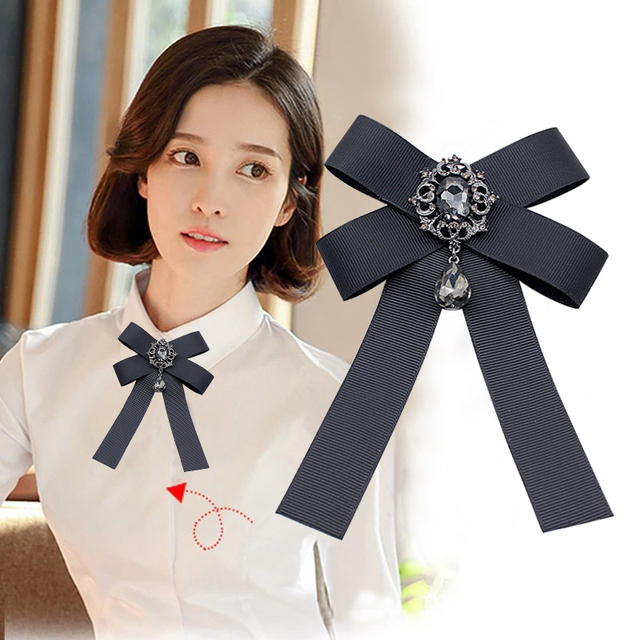 2019 new vintage bowknot Brooches Retro crystal Rushed Pin Broche Manual Bow Bro