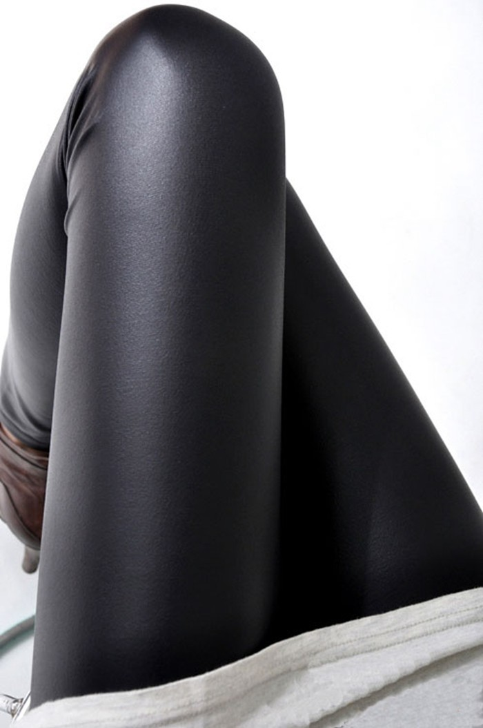 Black women leggings faux leather high quality slim leggings plus size High elasticity sexy pants leggins free size SM9601
