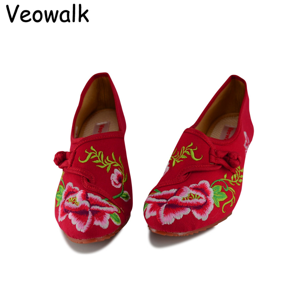 Veowalk Pointed Toe Cloth Shoes Chinese Style Totem Flats Mary Janes Embroidery Casual Women Shoes Women Flats Big Size 34-41 шляпа складная в чехле
