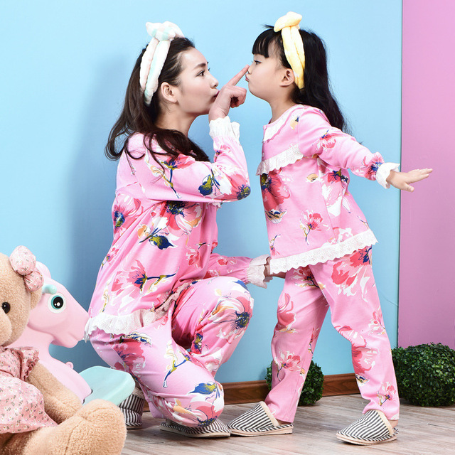 f7dedb9191ac Family Matching Pajamas Christmas Mother Daughter Clothes Mother ...