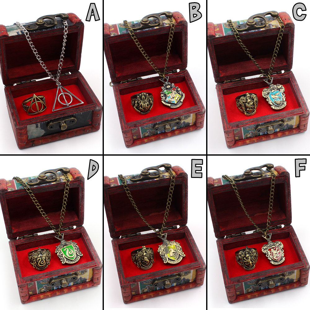 Harri Potter Deathly Hallows Hogwarts Gryffindor Slytherin Ravenclaw Hufflepuff Symbol Metal Pendant Ring Necklace Wooden Box