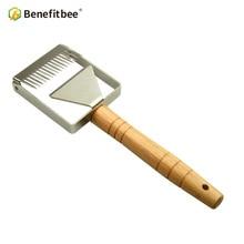 Benefitbee Uncapping Fork Iron Honeycomb Honey Scraper Wooden Handle Beekeeping Tool Apicultura Equipment fork