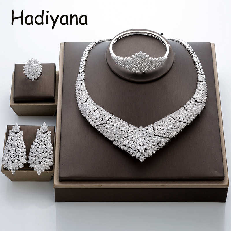 Hadiyana Gorgeous Micro Inlay Full Small CZ Flower Jewelry Set Round Cubic Zirconia Women Wedding Jewelry Sets For Brides TZ8027