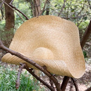 "Image 4 - 38 ซม./15 ""GIANT ขนาดใหญ่ฟางหมวกสำหรับหมวกผู้หญิงฤดูร้อนดวงอาทิตย์ Floppy งานแต่งงาน DERBY หมวกหมวกชายหาดวันหยุด Choice"