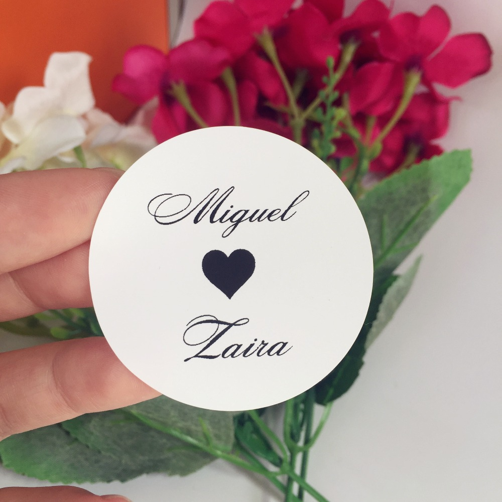 White Round Scenery love Personalised Name date Label,Wedding bubble ...