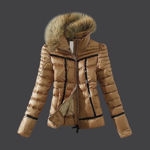 dee0866e2fdcb Marrón invierno chaqueta de mujer de marca de piel de mapache Collor corto  delgado de pluma
