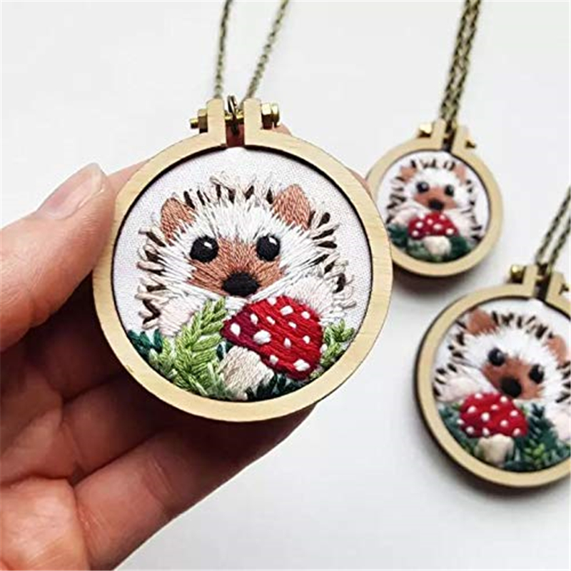7pcs Mini Ring Embroidery Circle DIY Round Wood Hoops Wooden Cross Stitch Hoop For Kit Frame Craft Tool Set