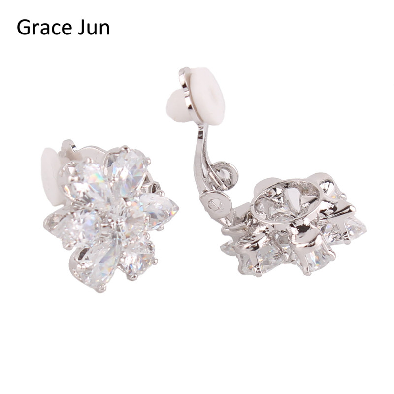 Grace Jun (TM) Ny mode AAA Cubic Zirconia Waterdrop Clip på Øreringe uden Piercing for Women Party Charm No Hole Ear Clip