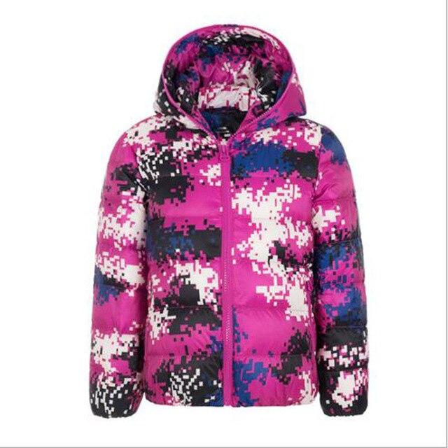 Дети вниз пальто мальчиков тонкий стиль тепло вниз пальто девушки Зима осень камуфляж Куртки мальчиков зимний пиджаки 3-15 Y