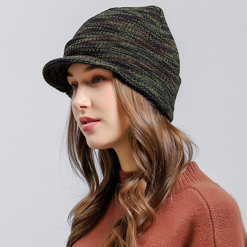 Gorros de lana de tiras gruesas de estilo militar de punto para hombres y mujeres  gorra de visores cálidos de otoño invierno 2018 Unisex para esquí ... eed0f9bcd803
