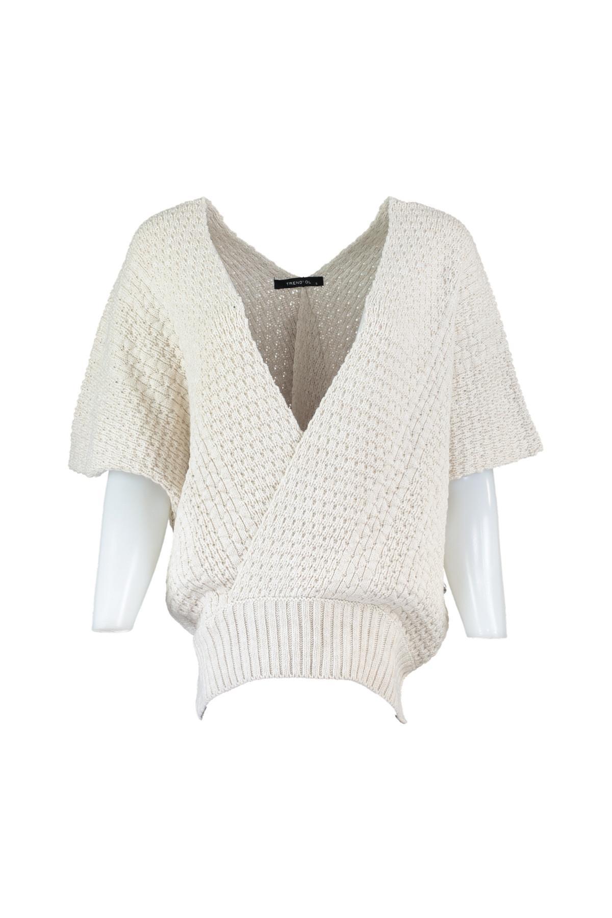Trendyol WOMEN-Beige Double Breasted Collar Sweater Sweater TWOAW20ZA0003