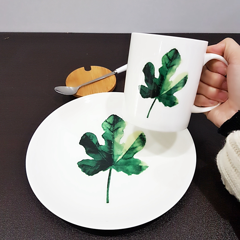 2 pcs set green plant ceramic porcelain dinner set : 1 mug and 1 plate