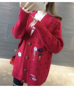 Image 3 - Kadın kazak sonbahar kış giyim kazak v yaka rahat örgü hırka karikatür nakış uzun kollu kore gevşek hırka