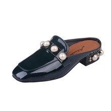 2017 Europe Stars Popular New Slip On Ladies Slide Women Slipper Fashion Brand Loafers Mule Flat Shoes Mental Bead Joker Loafer