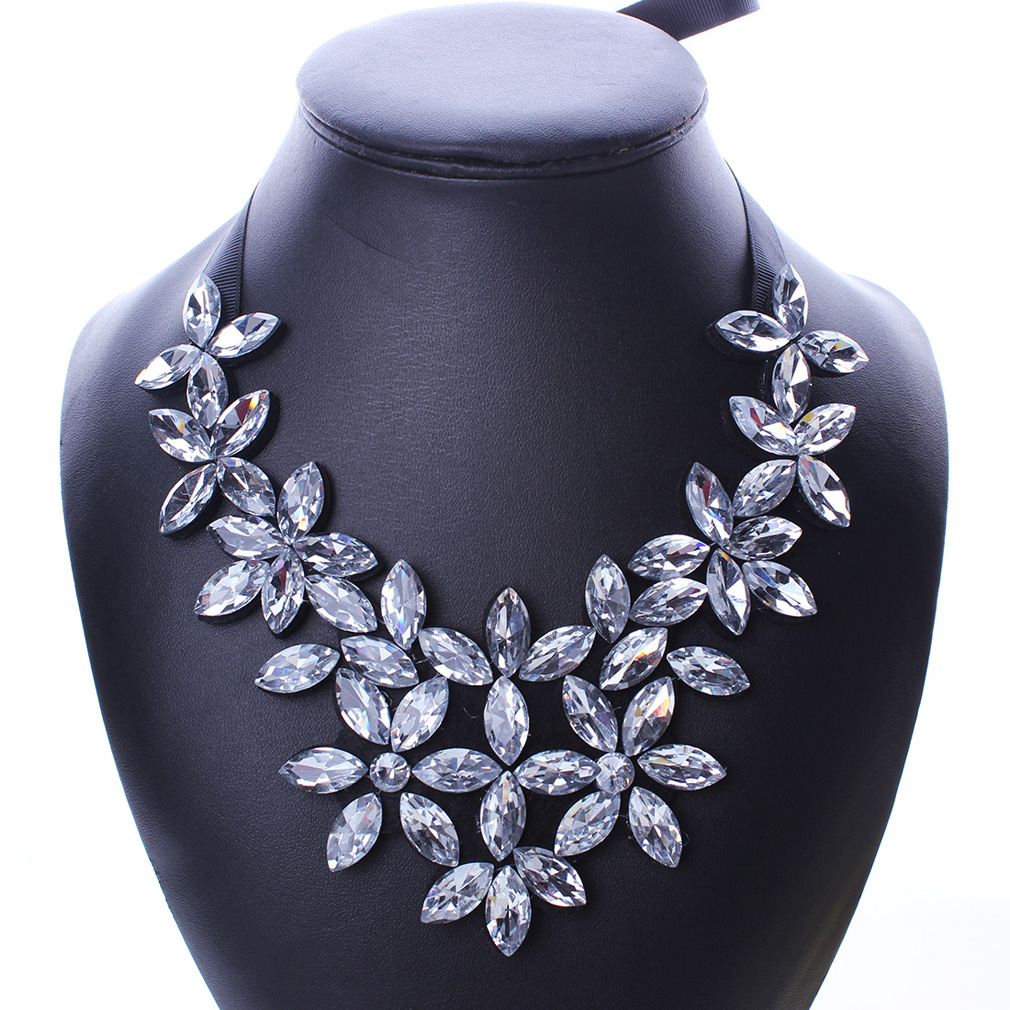 YAZILIND Crystal Flower Pendant Choker Necklace Ribbon Chain Chunky Collar Jewelry Bib Women Colorful KWn70JFBd5