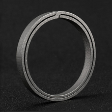 2019 Real Titanium Alloy Key Ring Super Lightweight Keychain Hanging Buckle Rings Quickdraw Tool Creative KeyRing