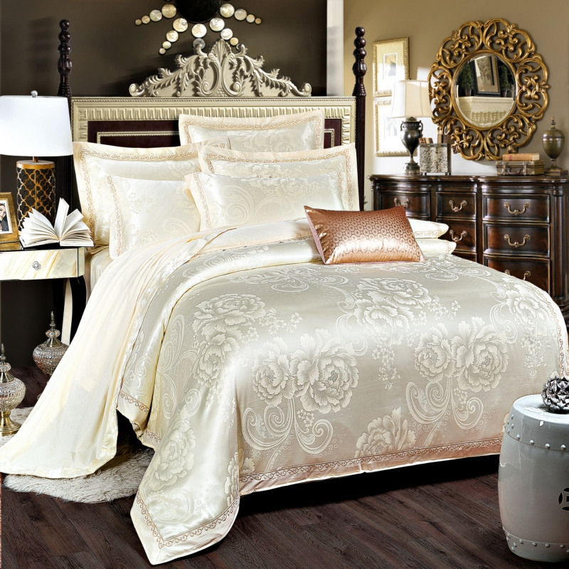 Luxury Satin Wedding jacquard Mulberry silk Bedding 100%cotton Embroidered including Duvet cover Bed sheet Pillowcase Cream