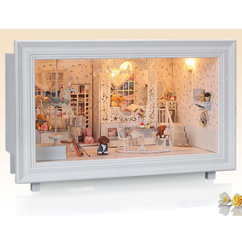 2018 Hot iie create K-002 Princess Dream DIY House With Furniture Light Music Gift House Toy