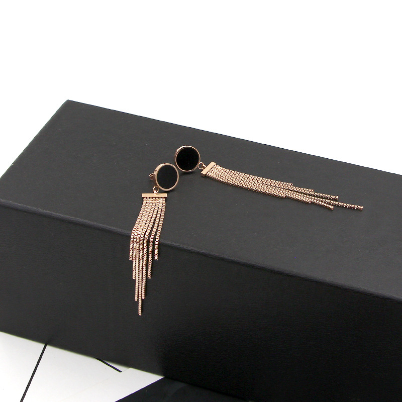 Summer Fashion New Black Pie Tassel Chain Titanium Steel Rose Gold Earrings Fashion Girl Color Gold Earrings for Women Jewelry in Stud Earrings from Jewelry Accessories