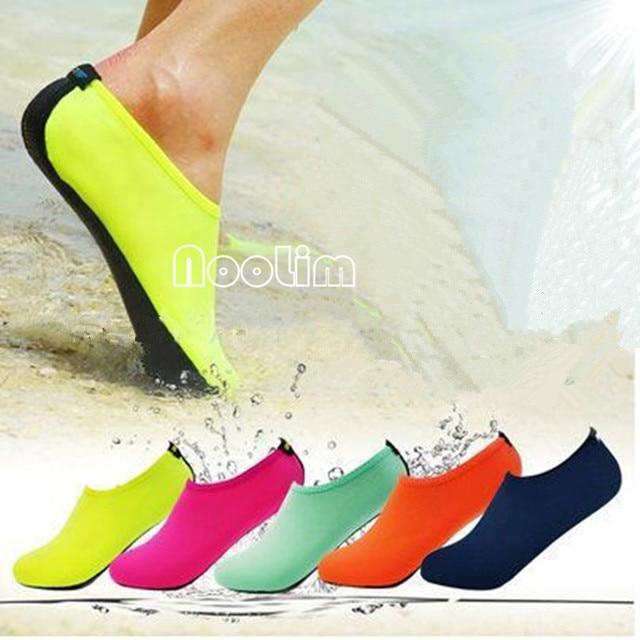 c3af4feee1c05 Été nouvelle Chaussure Femme femmes chaussures d eau Aqua pantoufles pour  plage sans lacet parc