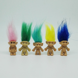 Image 3 - 5 pz/lotto Colorful Capelli Bambola Troll I Membri della Famiglia Papà Mamma Del Bambino Della Ragazza del Ragazzo Diga Trolls Figura Giocattolo Regali di Famiglia Felice