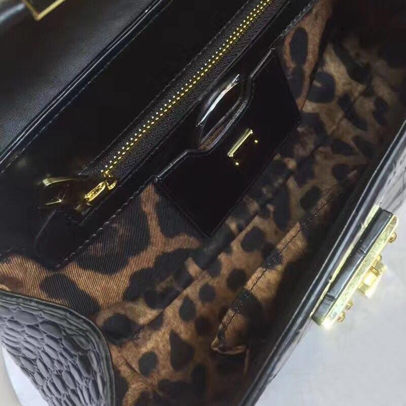 Main Black Bandoulière Femelle Modèle De Luxe En Abeille Nouveau Sacs Messager Décoration 2019 Véritable Serrure Sac Cuir Crocodile Femmes Mode À 0BRvq5w5