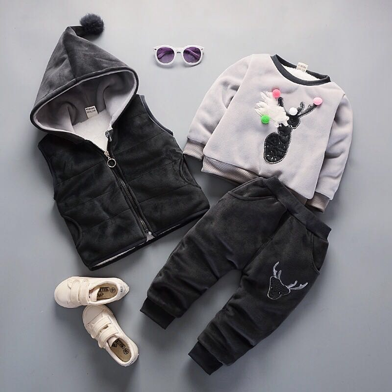 Baby Winter Clothing Kids Boy Girl Warm Clothing Set 3PCS Vest + Long Sleeves Tops + Pants Cartoon Dear Kids Clothing SetBaby Winter Clothing Kids Boy Girl Warm Clothing Set 3PCS Vest + Long Sleeves Tops + Pants Cartoon Dear Kids Clothing Set