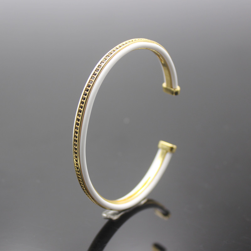 Anil Arjandas Luxury Brand Mens Bangles&Bracelets CZ Beads White Leather Cuff Adjustable Bangles For Men Women