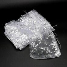 Lote de 50 bolsas de Organza blancas de 7x9, 10x14, 13x18cm, bolsas de embalaje para regalos de Navidad y bodas, bolsa con cordón de copo de nieve, bolsa de regalo