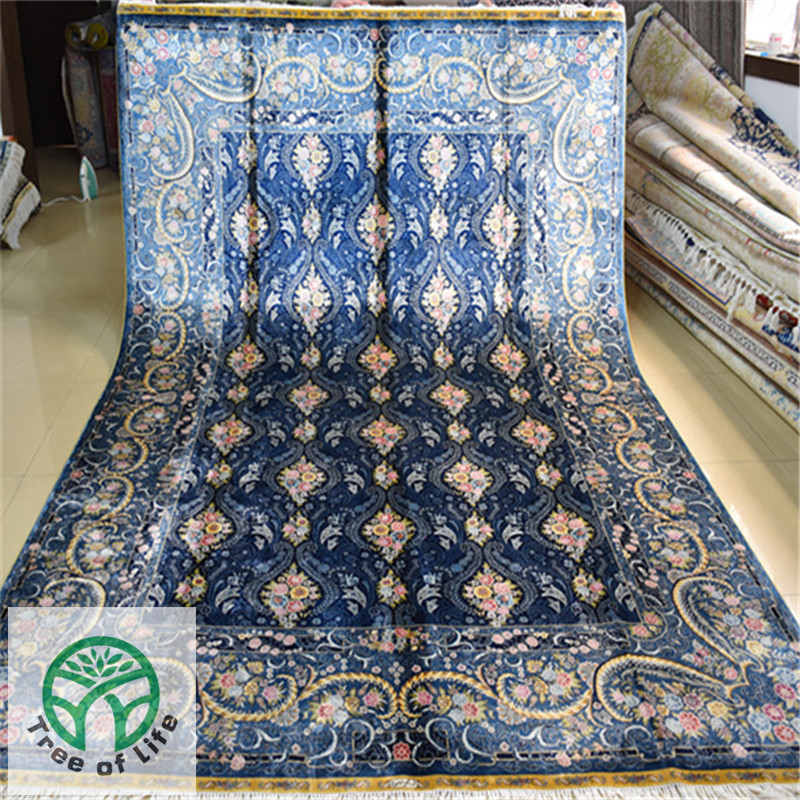 This Danish Company Has Over 30 Years Experience In Creating Fantastic Handmade Rugs Which Are Intricately Woven By Craftsmen And Women India