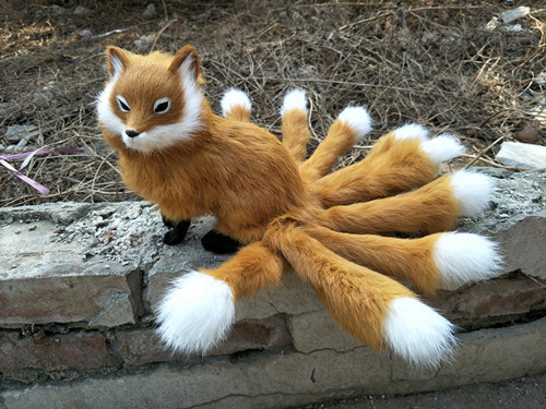 Brown Fox Model Polyethylene Furs Fox With Nine Tails