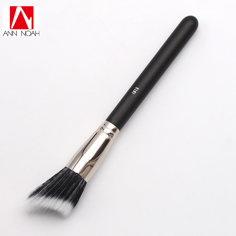 Black Feature Wood Handle Natural Synthetic Duo Fiber 161S Special Face Curve Shaped Cheek Sculpt Contour Blush Brush