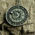 1 pcs viking retro O velho da fase da lua colar pingente runa talismã amuleto jóias
