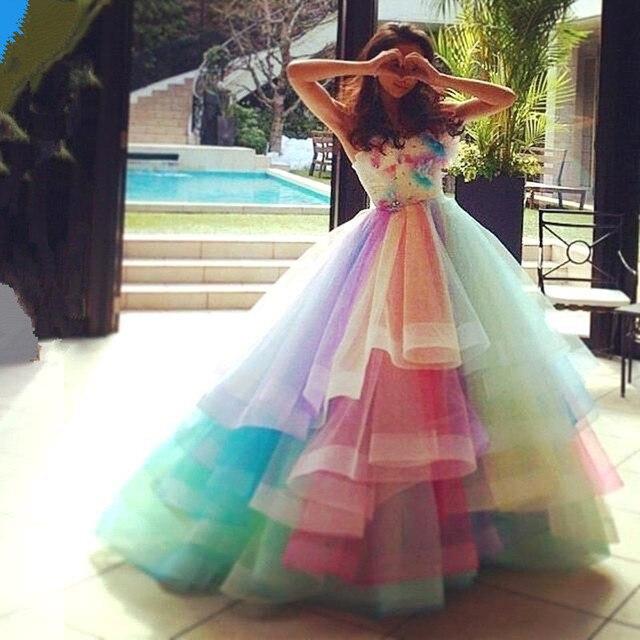 Colorido 2016 Nueva Sexy Summer Sweetheart Rainbow Organza Tulle del vestido de Bola Prom Vestidos de Partido Vestido de Noche Largo vestido de festa