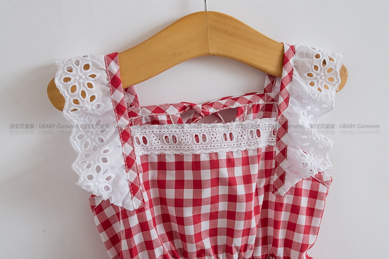 06657ec707f3 2018 Summer Little Girls Dresses Fly Sleeve Baby Clothes Princess Plaid  Elastic Lace Child Kid s Dress Kids Clothes